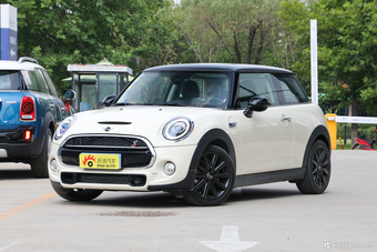 2018款MINI 2.0T自动JOHN COOPER WORKS  ALL-IN