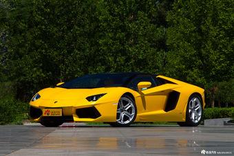Aventador和Huracan哪个好?