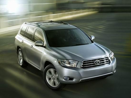 6月份上市后,丰田进口SUV汉兰达一直没有现车,且售价37.98万元