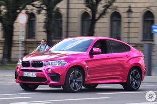 品味独特 粉色宝马X6 M惊现慕尼黑街头