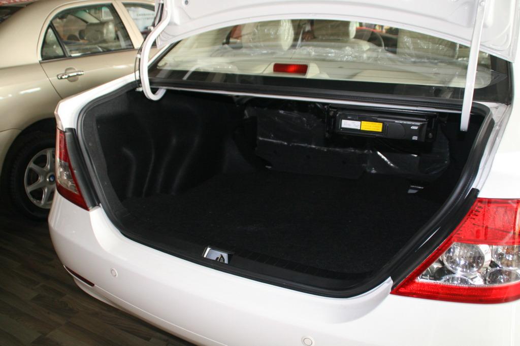 比亚迪f3后备厢 比亚迪f3图片高清图片