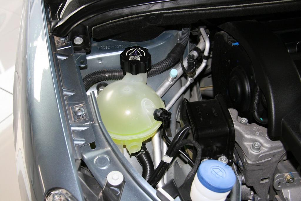 神龙汽车标致307发动机-标致307高清图片