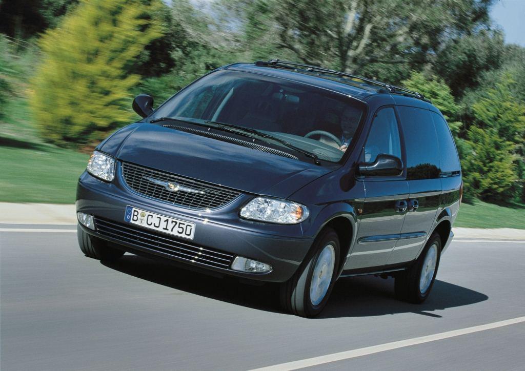 图为2000年至2004年车型