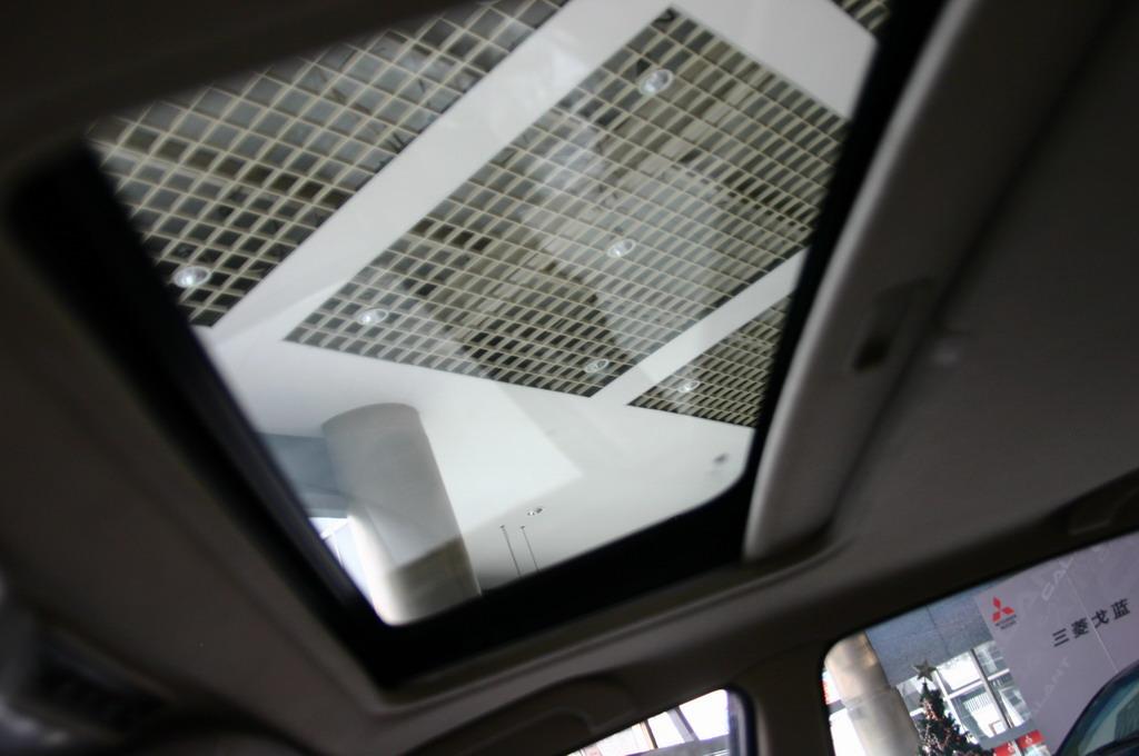 东南汽车蓝瑟天窗 115 146高清图片