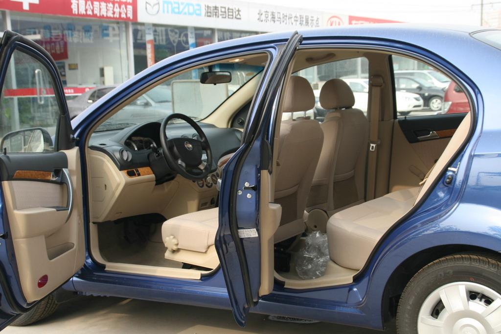 上海通用乐风内饰 乐风图片 汽车图库 新浪汽车高清图片