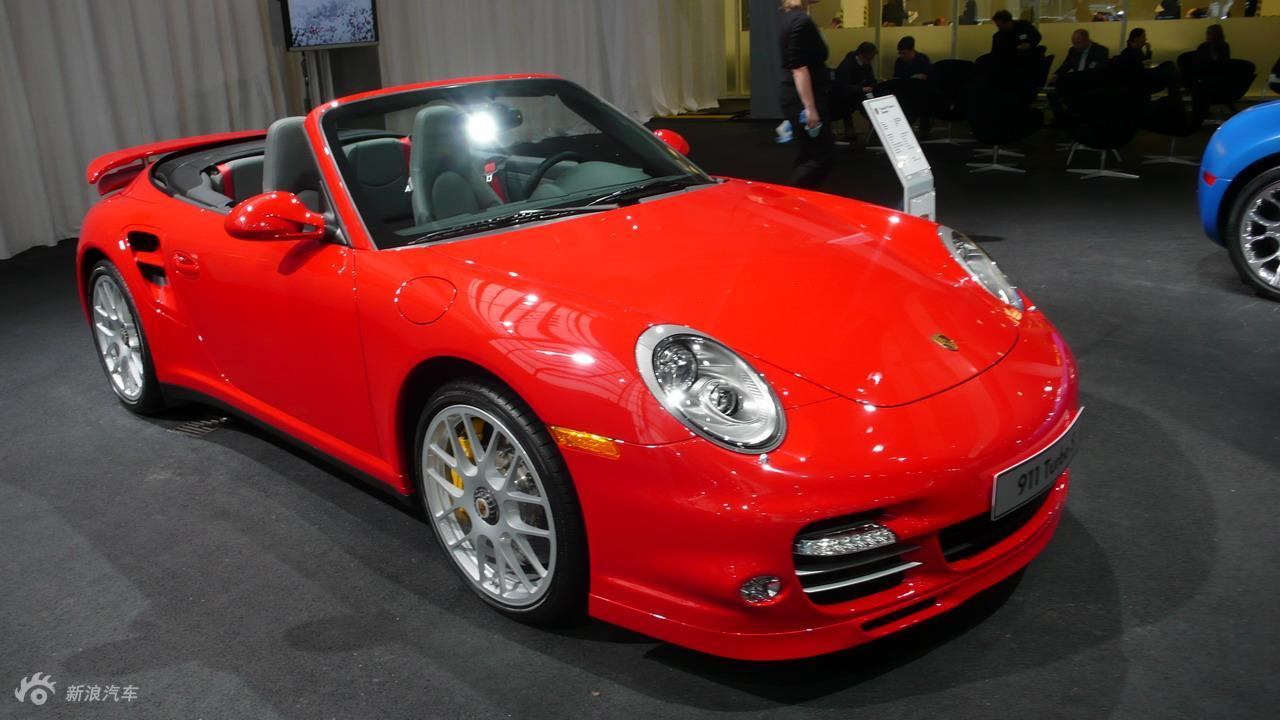 全新保时捷911 Turbo S Cabriolet外观实拍