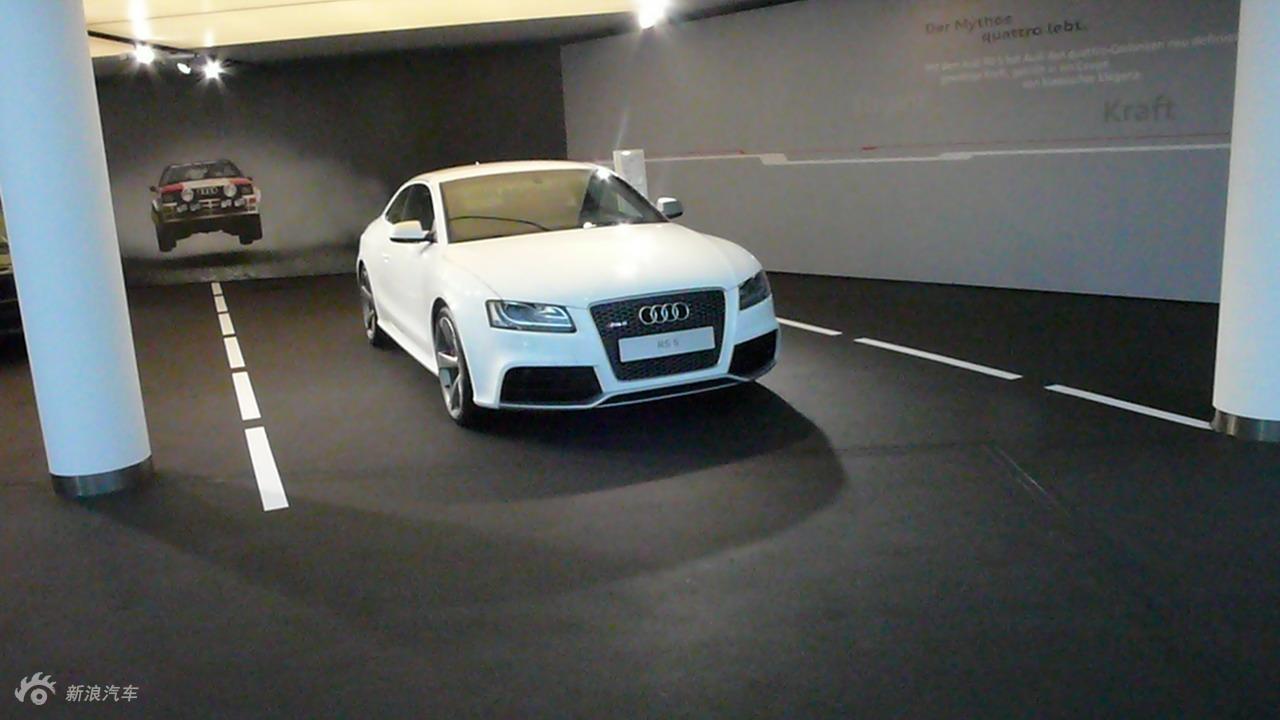 奥迪RS5实拍图