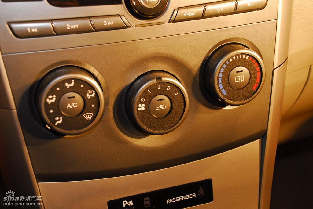 比亚迪G3上市现场新车内饰图 433 567高清图片