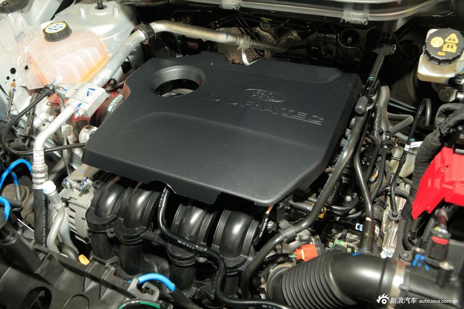 2013款翼搏1.5L自动尊贵型