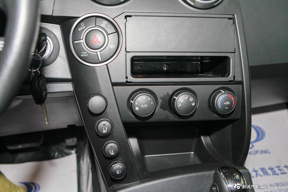 2014款爱腾2.0T两驱自动精英柴油版