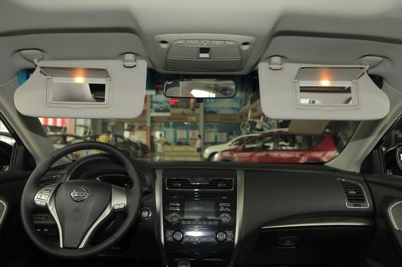 2013款天籁2.0L XL舒适版