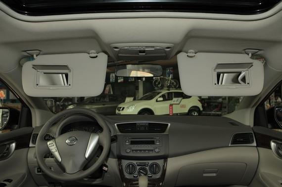 2012款轩逸1.6XL自动豪华版