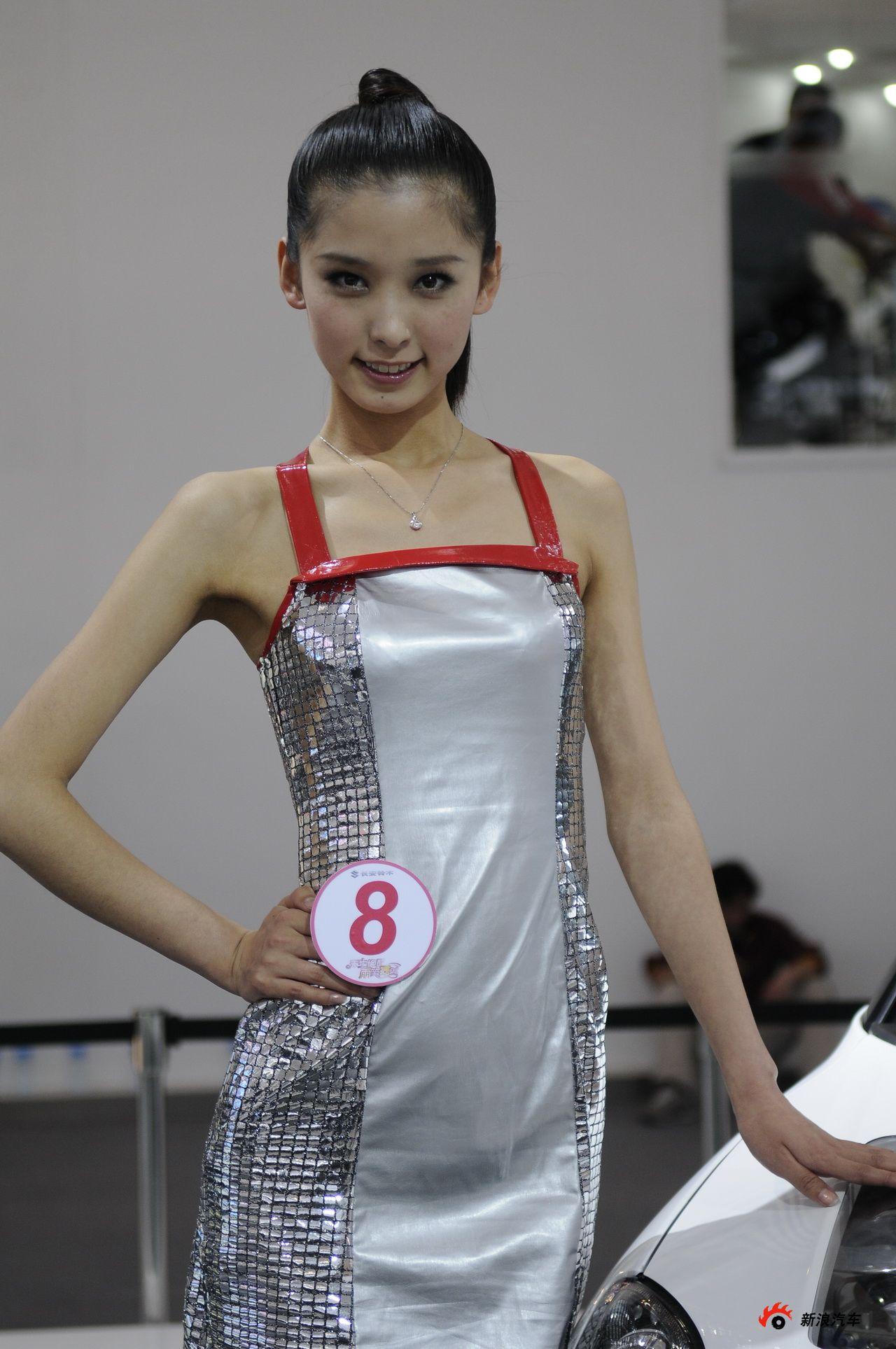 铃木展台9号模特