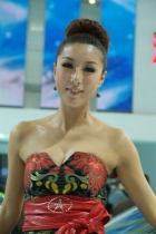 江淮展台2号模特