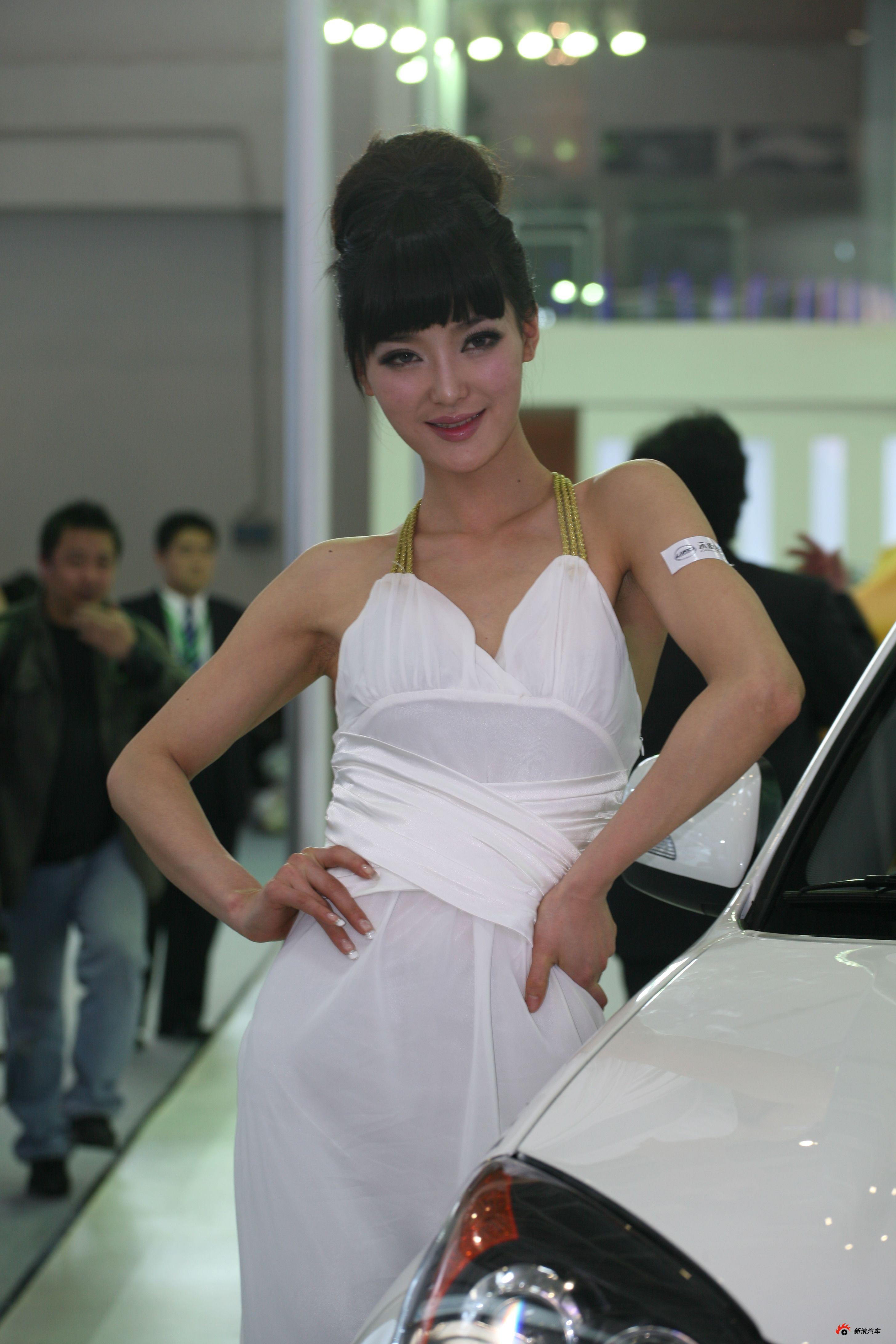 永源展台3号模特