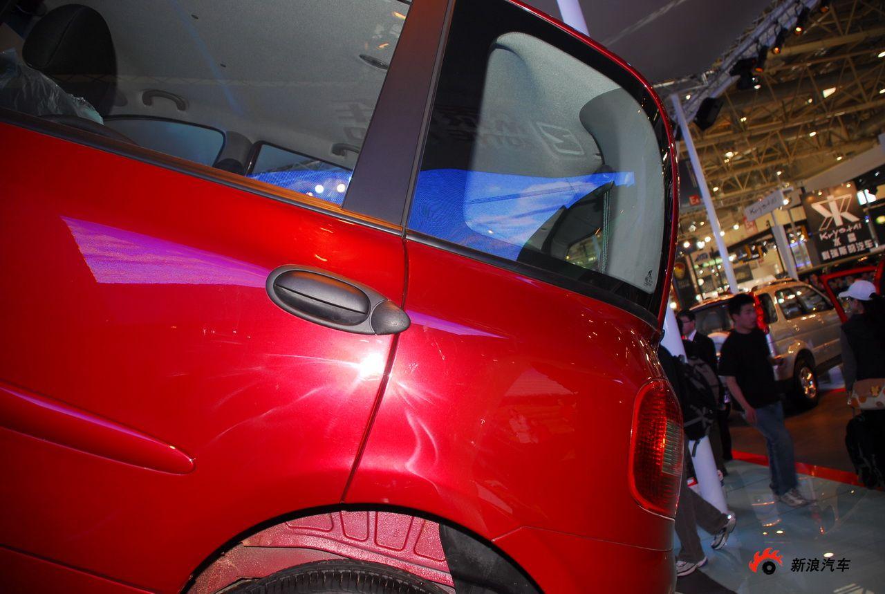 众泰朗悦双燃料汽车高清图片