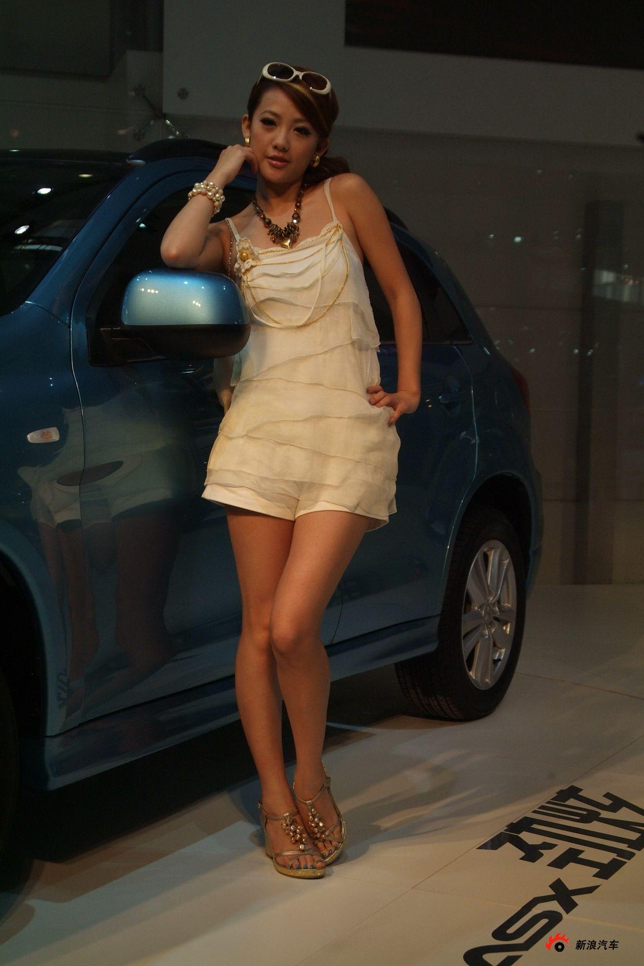 三菱展台2号模特