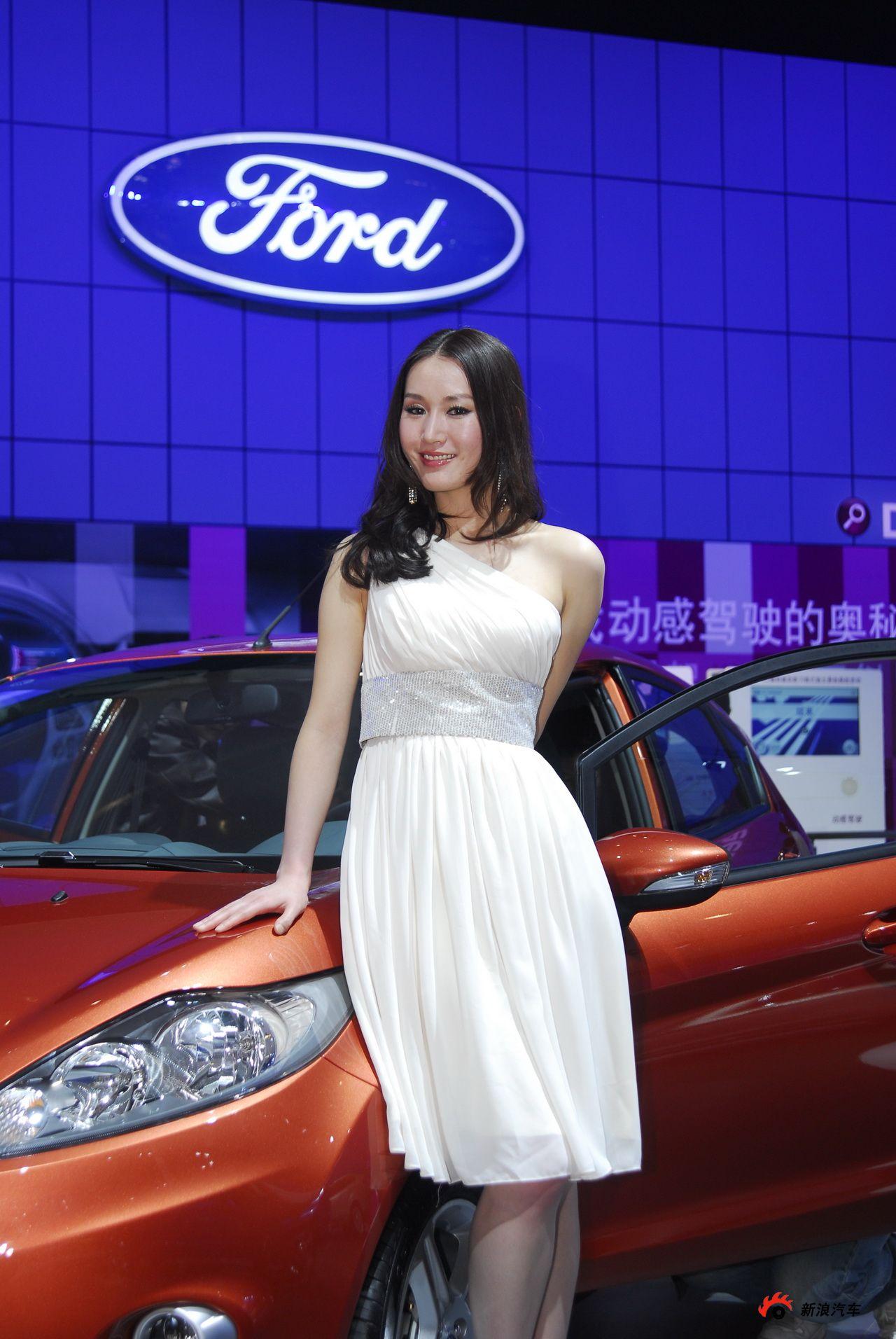 福特展台2号模特