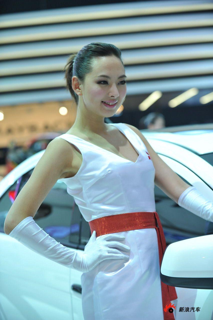 东南展台1号模特