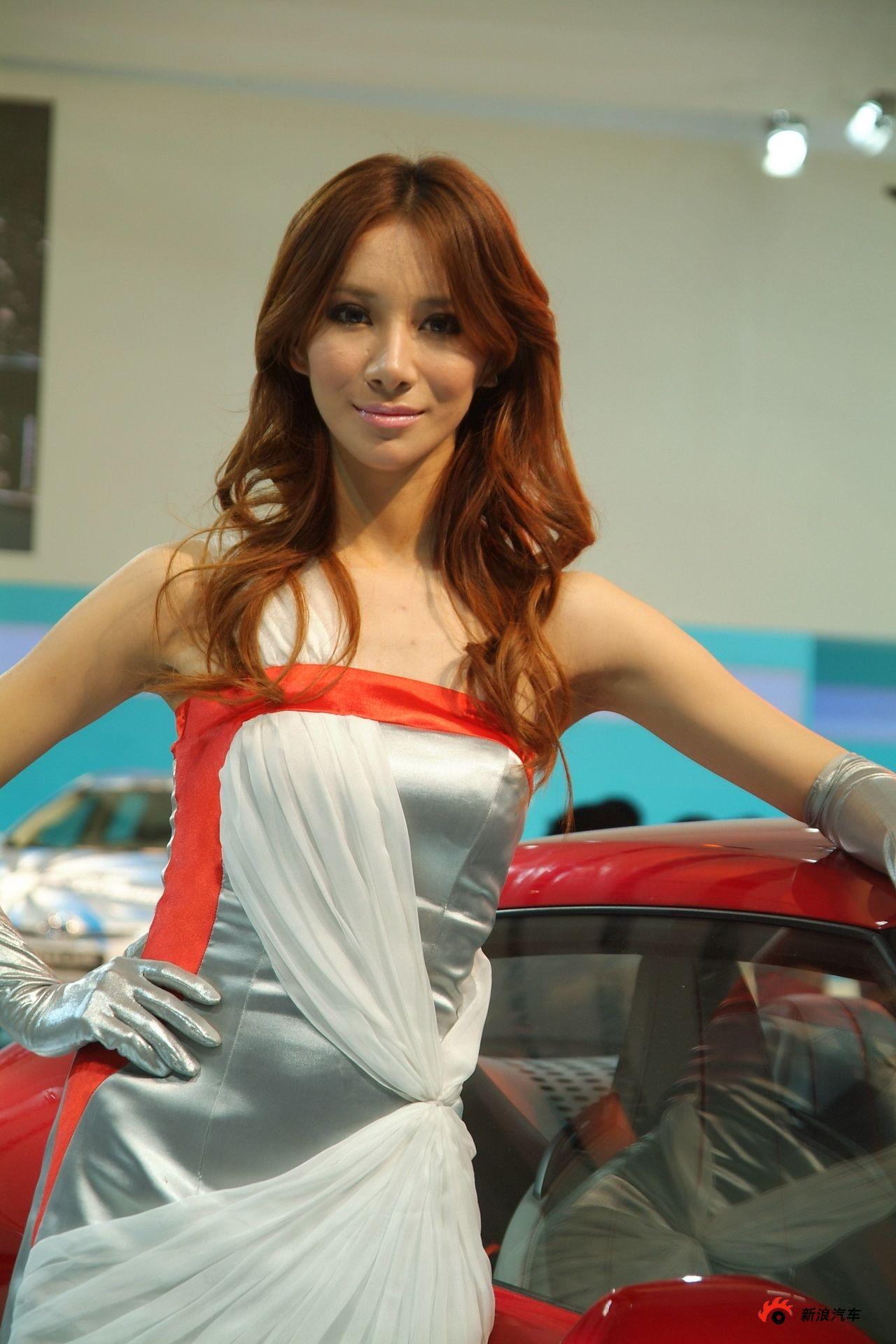 丰田展台1号模特