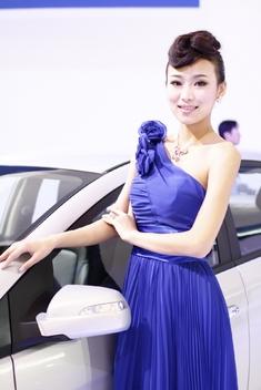 2011上海车展清纯车模_1