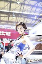 长安汽车展台3号模特