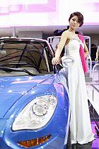 吉利汽车展台3号模特