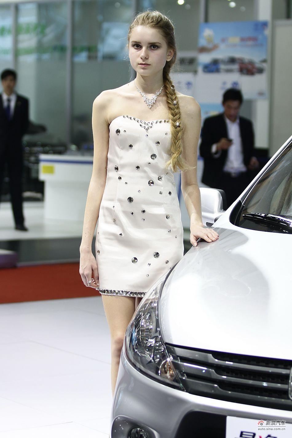 东风柳汽展台3号模特