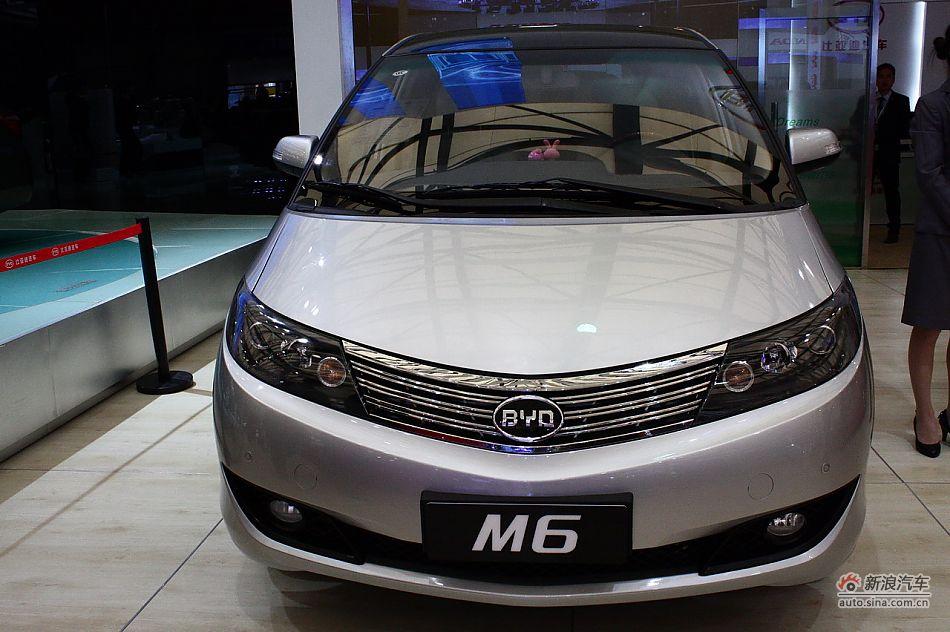 比亚迪M6高清图片