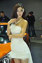 现代展台10号模特