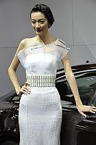 奔驰展台7号模特