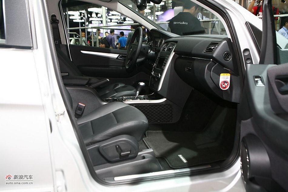 奔驰B200