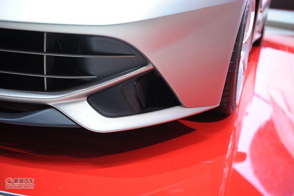 法拉利F12 Berlinetta