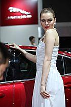 捷豹展台3号模特