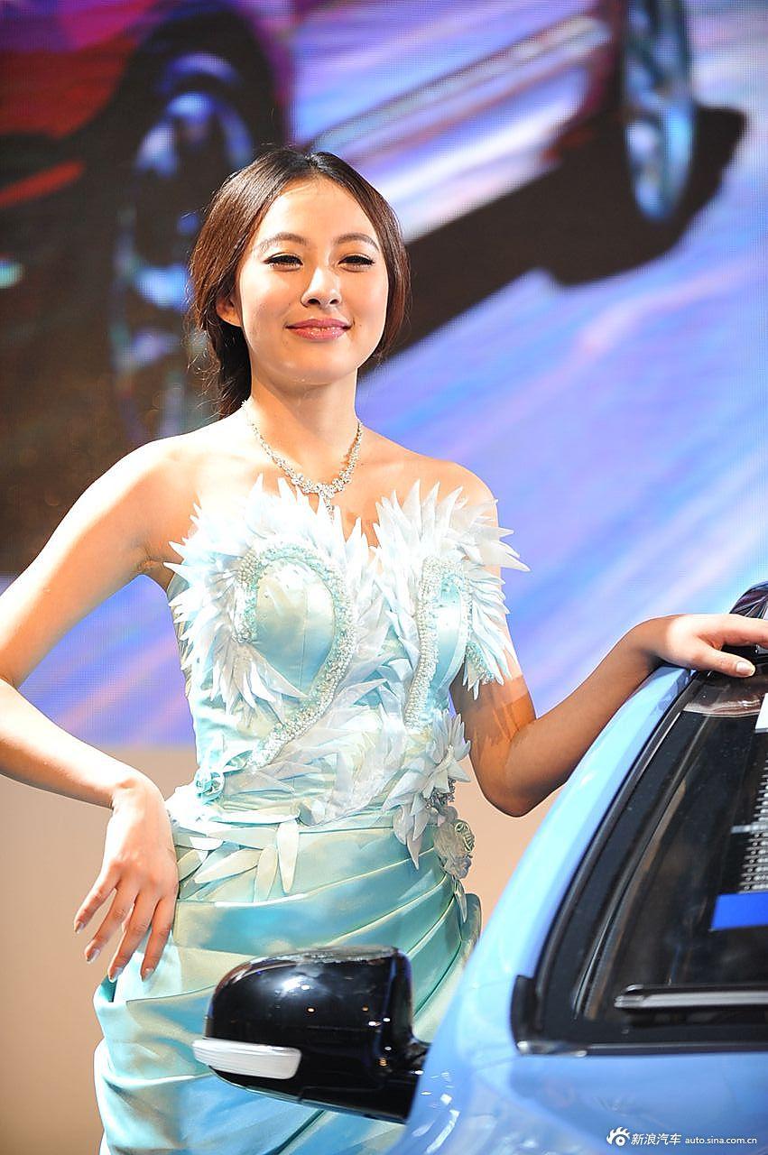 中国一汽展台3号模特