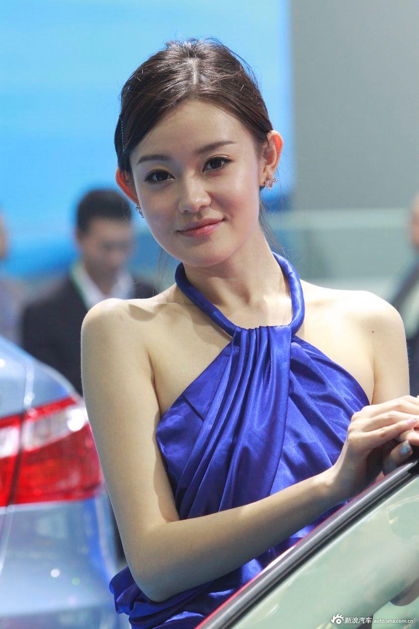 长安展台8号模特