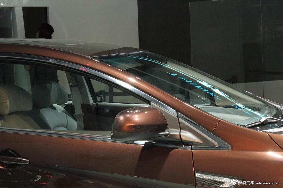 纳智捷LUXGEN5 Sedan