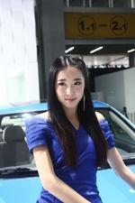 2012广州车展清纯车模_1