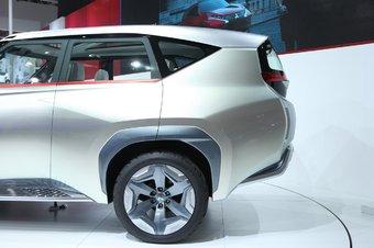 2014款三菱GC-PHEV概念车