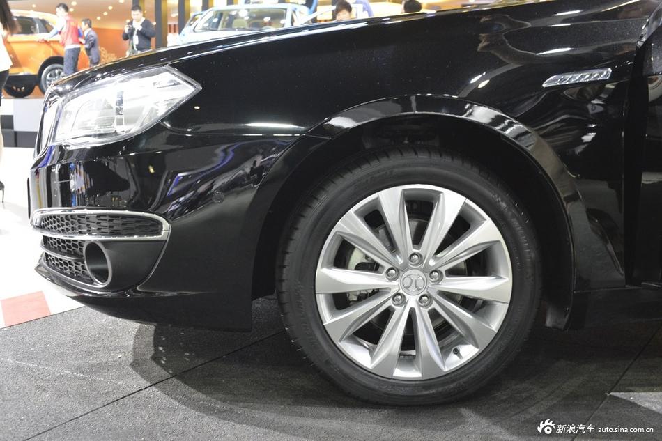 2014年第12届广州国际车展 图为:绅宝D80