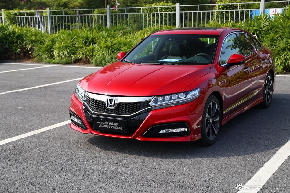 2014年第12届广州国际车展 图为:东风本田思铂睿SI