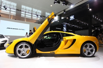 2014年第12届广州国际车展 图为:迈凯伦625C