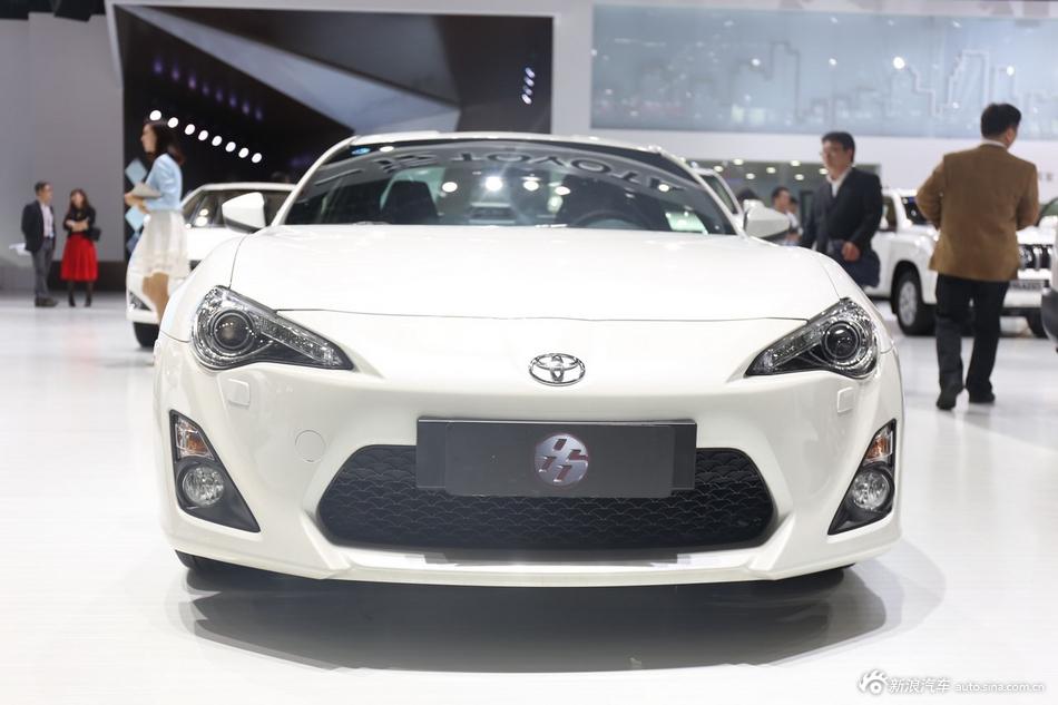 2014年第12届广州国际车展 图为:丰田86