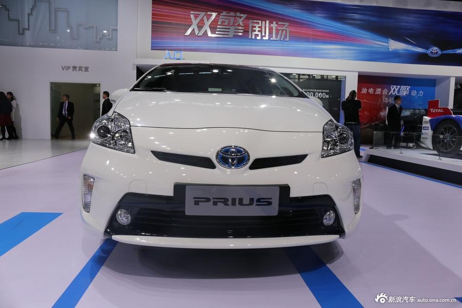 2014年第12届广州国际车展 图为:丰田普锐斯