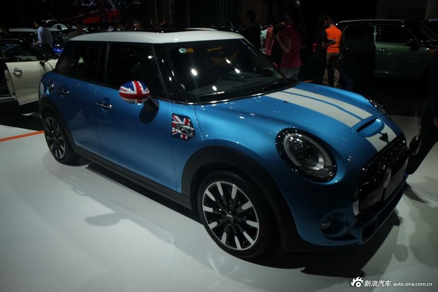 2014年第12届广州国际车展 图为:MINI  COOPERS第一代五门版