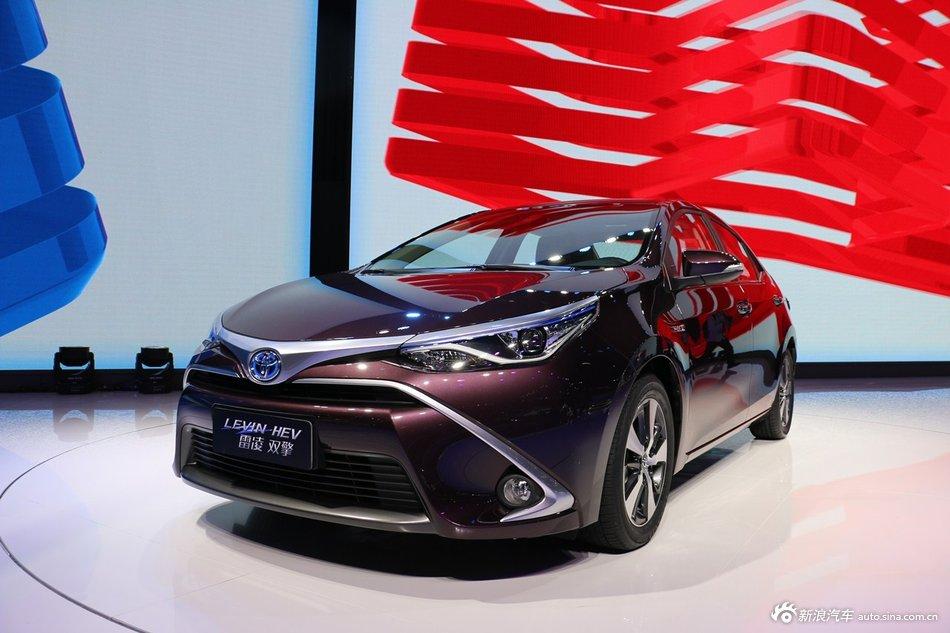 2015上海车展:丰田雷凌双擎