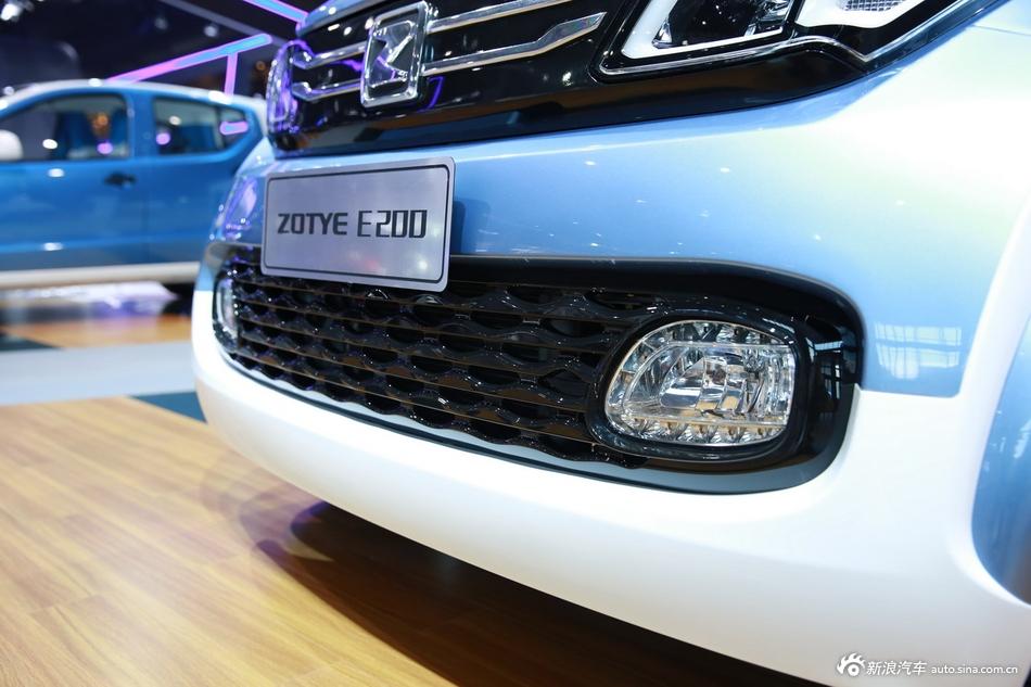2015上海车展:众泰E200