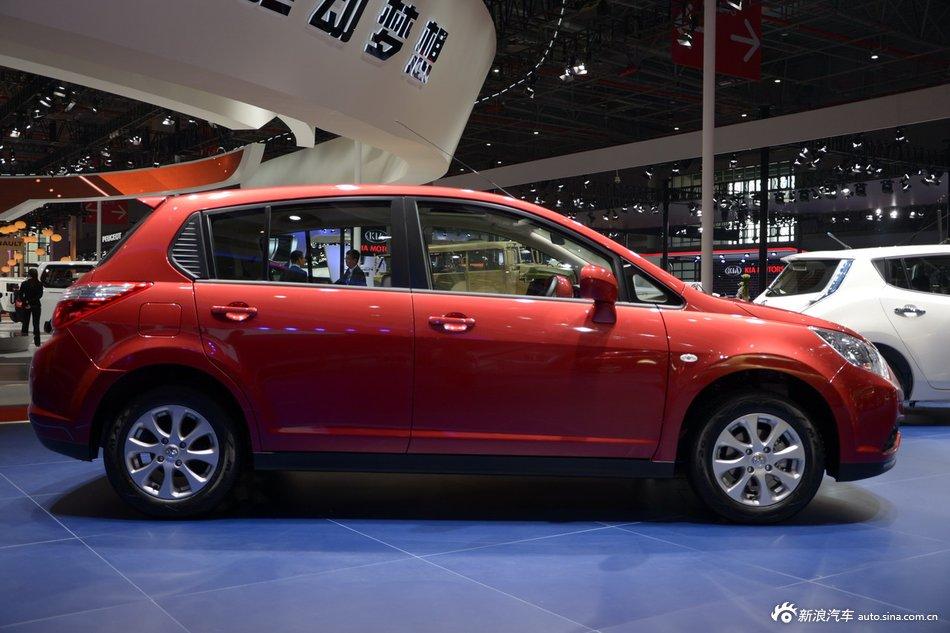2015上海车展:启辰R50