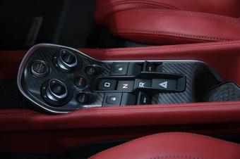 迈凯伦570GT