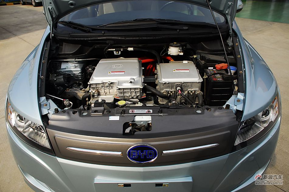 比亚迪e6纯电动车实拍 比亚迪e6引擎底盘图片3490037 汽车图库 新浪